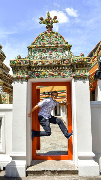 G goofing around at Wat Pho